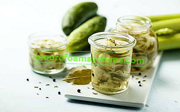 Recepti za krastavce u slanoj slanoj vodi bez tajni - provjerite najbolje
