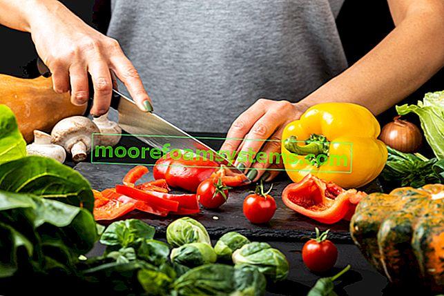 Салат из перца - 5 лучших рецептов